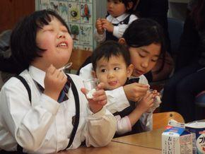 ヨーグルト教室(3.4年生)